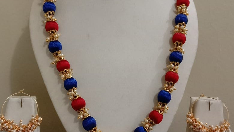 Dual color Silk thread necklace with earrings 1