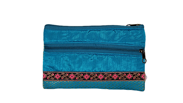 Pouch 5
