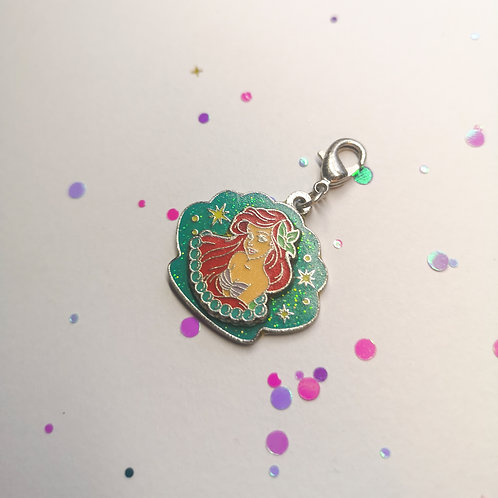Ariel in a shell Charm