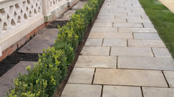 Self-Faced Yorkstone Paving