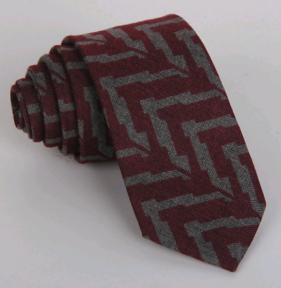CHEVRON PATTERN SLIM TIE