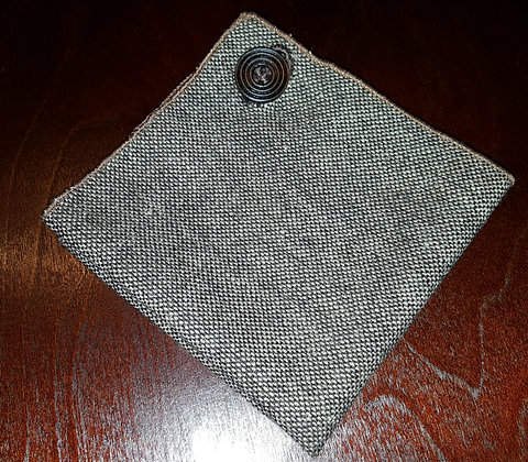 BROWN WOOL BUTTON POCKET SQUARE