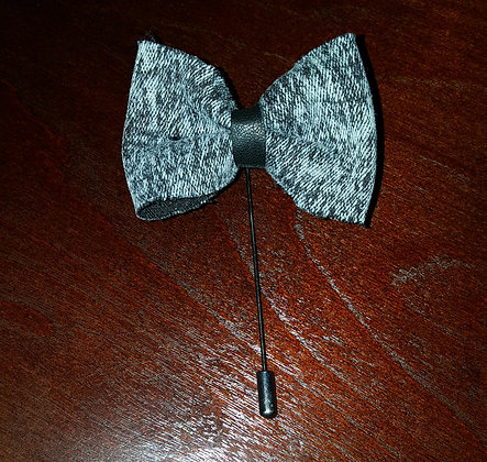DUSTY BOWTIE LAPEL PIN