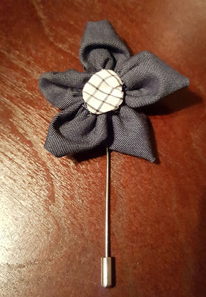 STEVE FLOWER LAPEL PIN