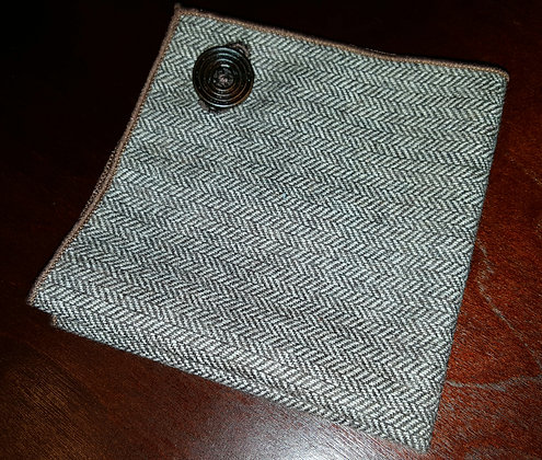 HERRINGBONE BUTTON POCKET SQUARE