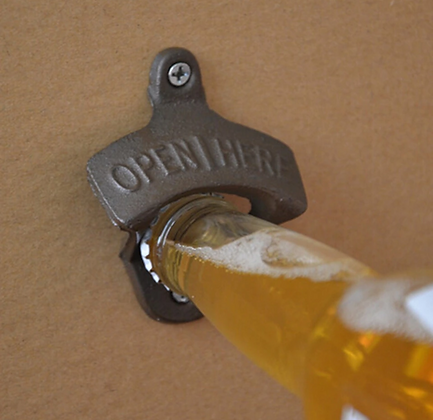 VINTAGE ANTIQUE WALL BOTTLE OPENER