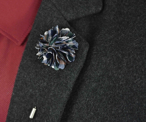 PLAID FLOWER LAPEL PIN