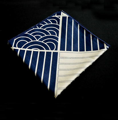 DREAMS & CLOUDS POCKET SQUARE