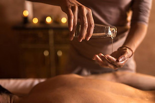 massage chloe.jpg