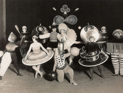 Inspiring artist of the day - Oskar Schlemmer