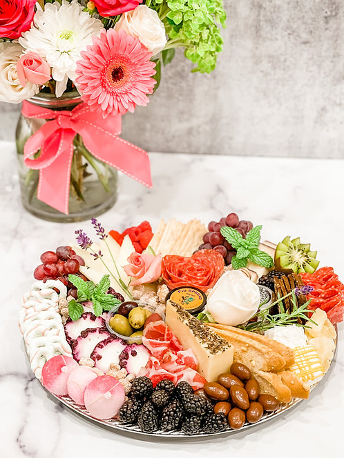Mother's Day Board & Bouquet Bundle