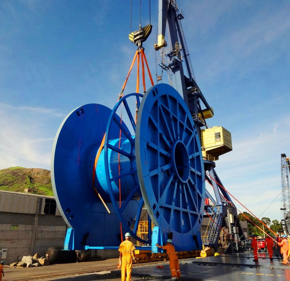 FREIGHTAGE FOR HEAVYLIFT OF 9.2 METRE DIAMETER SUBSEA UMBILICAL REELS FROM KOREA TO VITORIA, BRAZIL