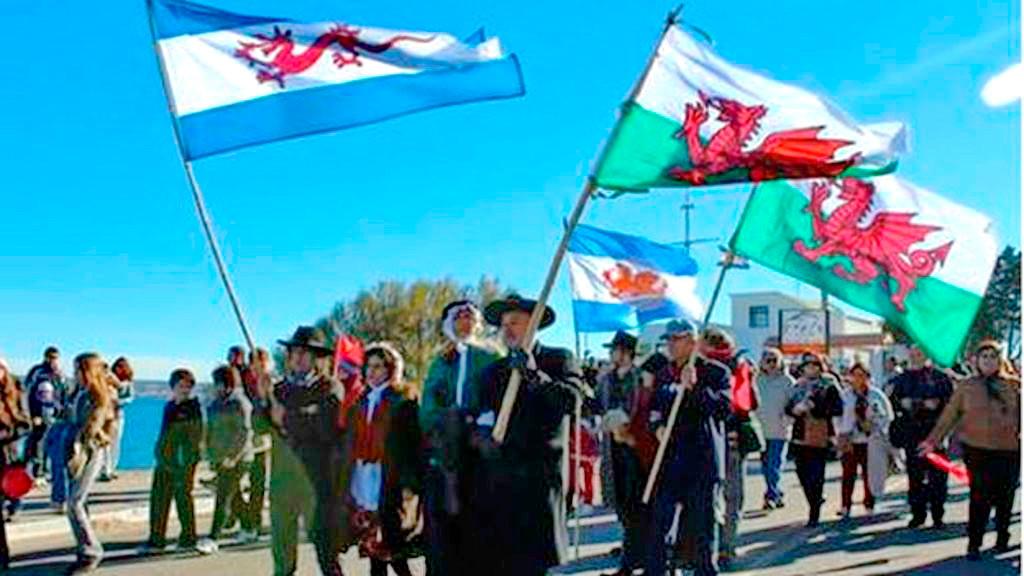 _84515367_patagoniaflags.jpg