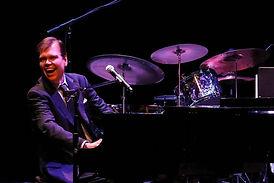 Alex Leonard Pianist.jpg