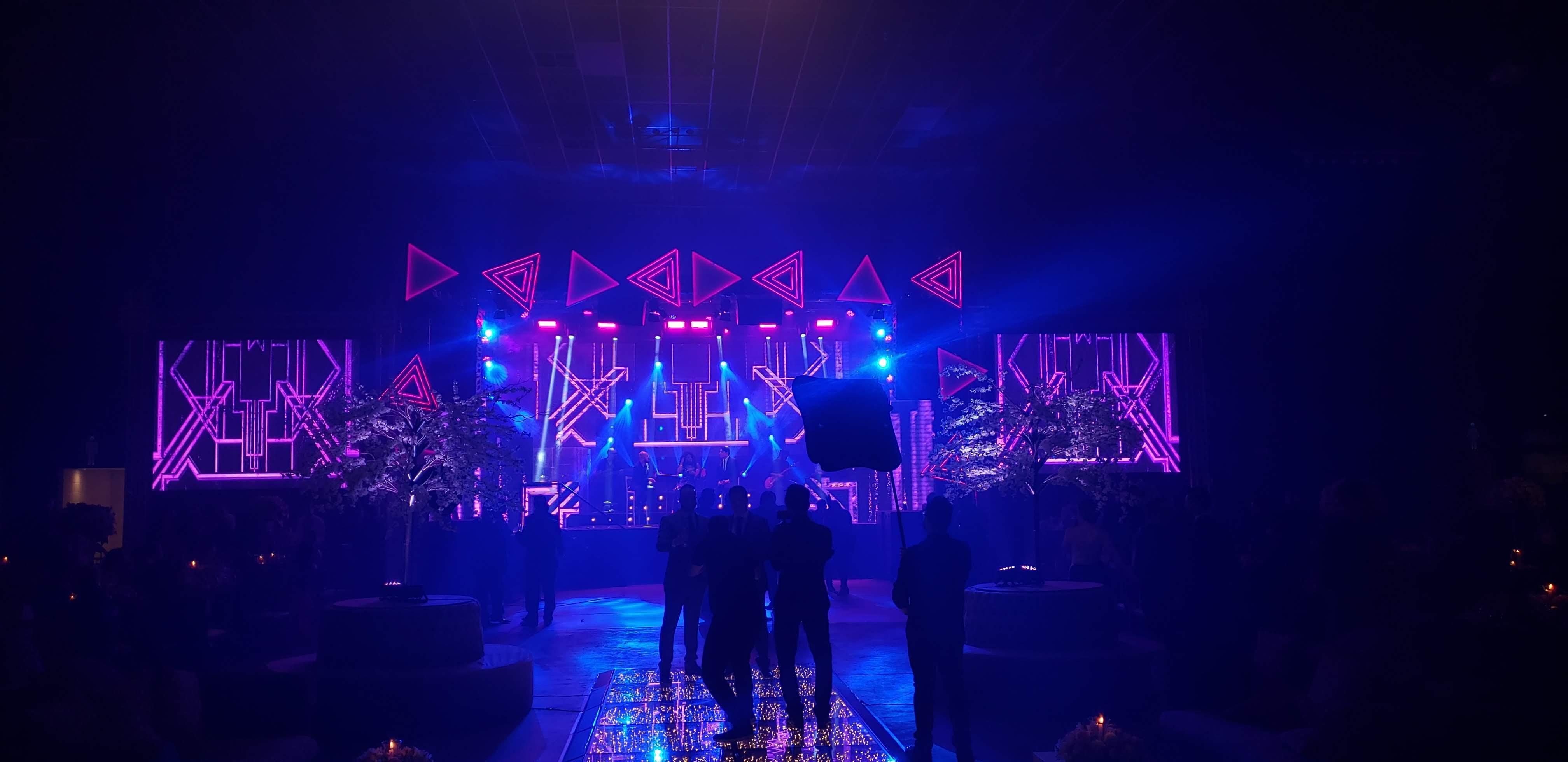 LCE Eventos - Banda Palace 2 - Estrutura Iluminação Som Eventos
