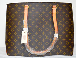 73 New Vouis Vuitton Purse