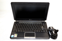 63 Asus PC Notebook 1000HD