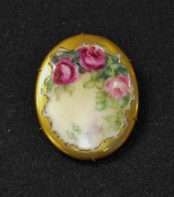 30 Victorian Pin
