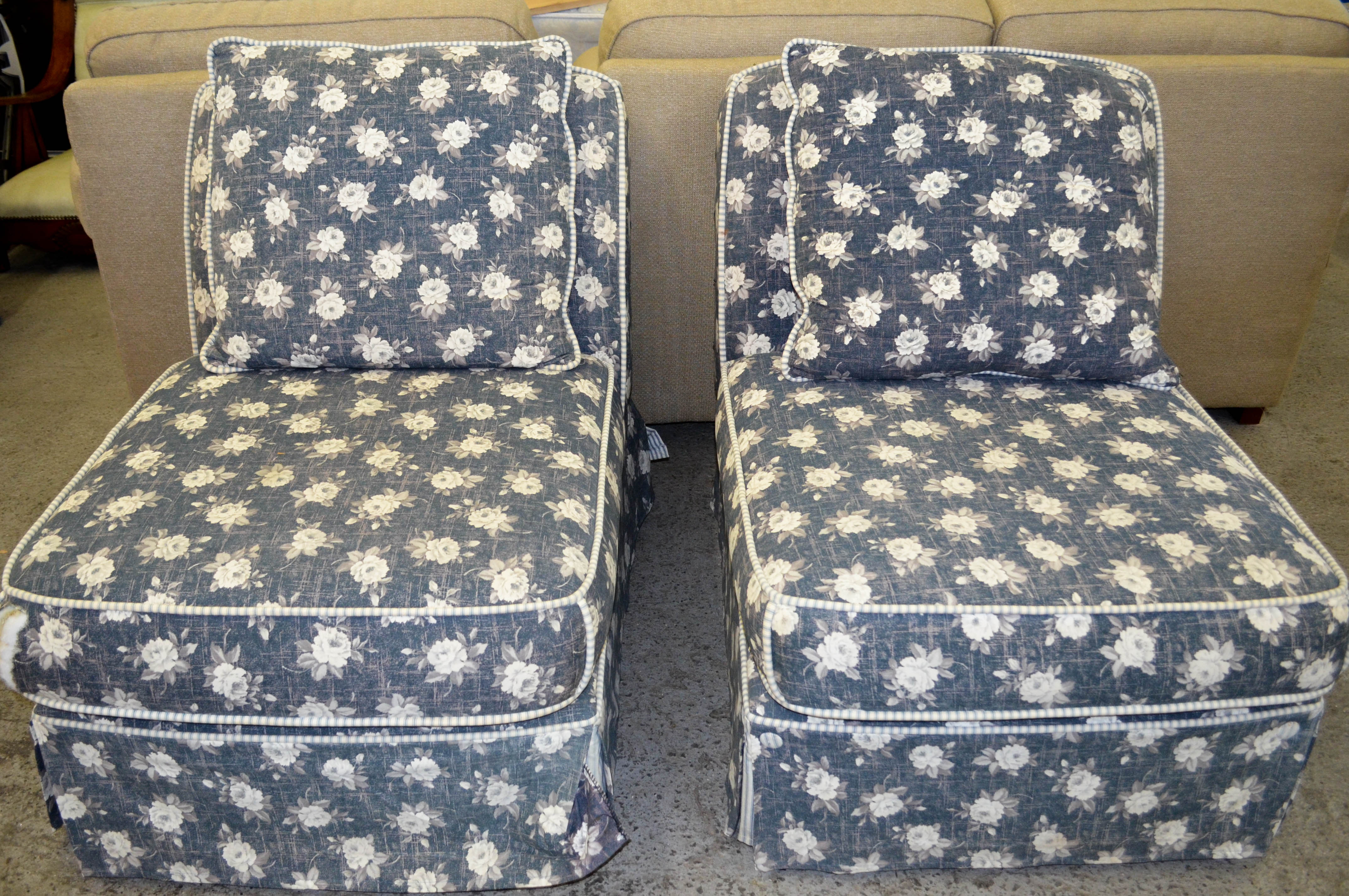 124 Blue and White Flower Chairs