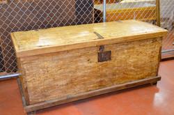 22 Large Wood Trunk 1