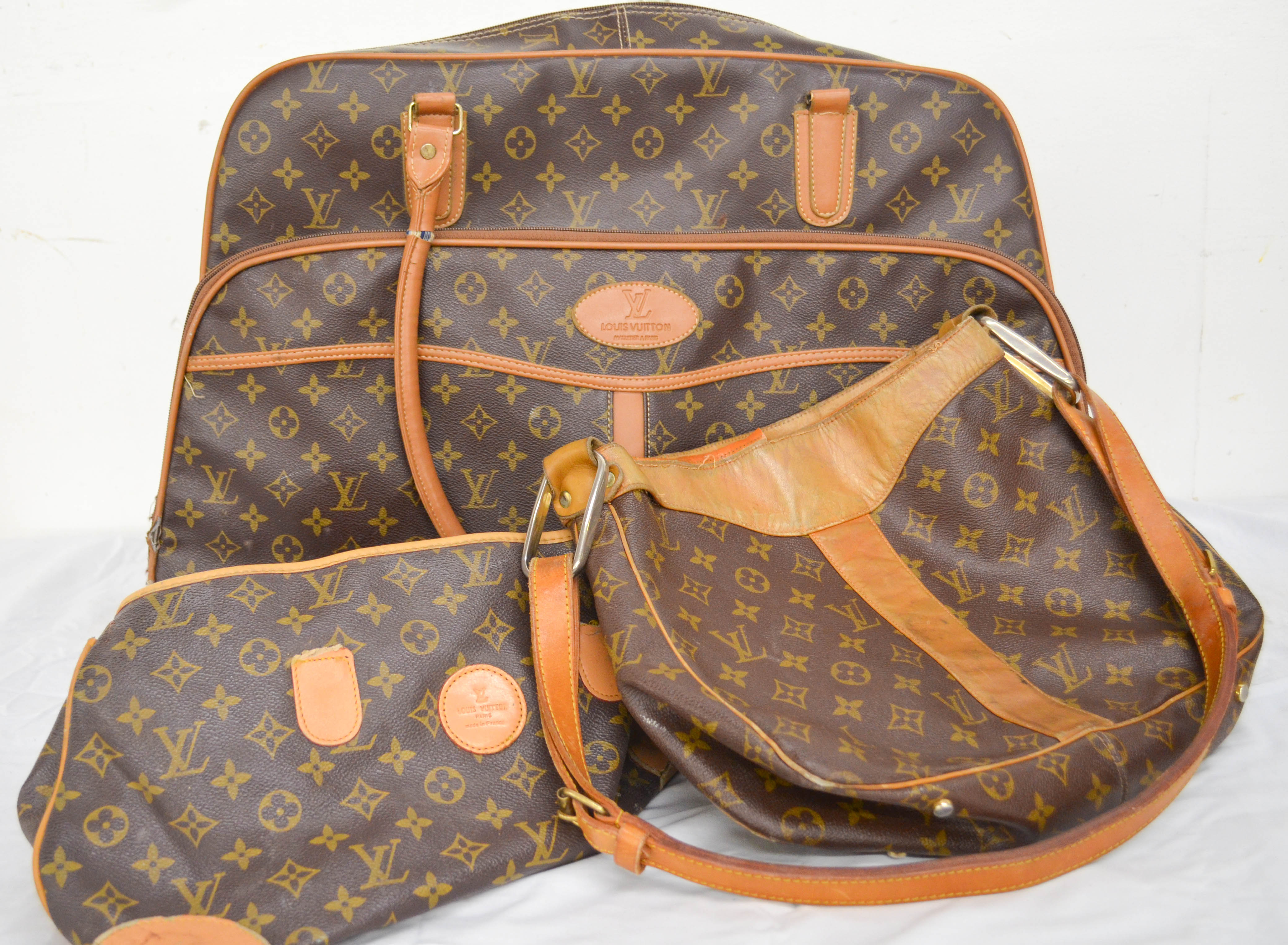 71 Used Three Piece Louis Vuitton Bags
