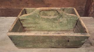 Knife box in green