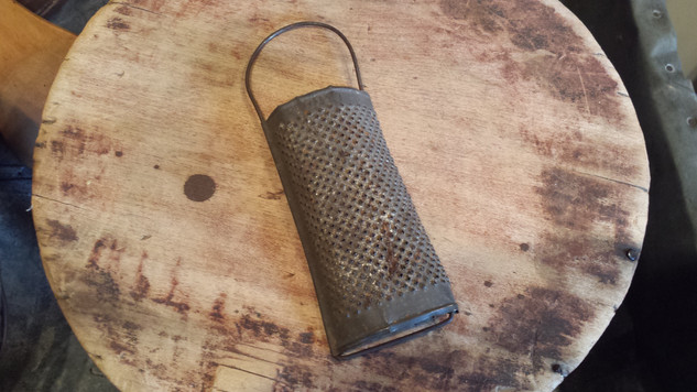 Little spice grater