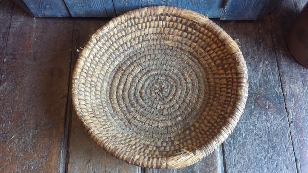 Large rye basket