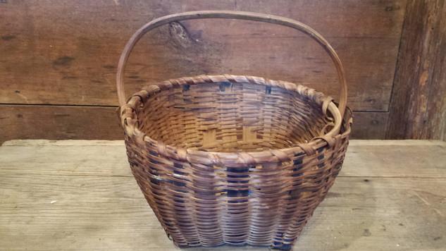 Small splint basket with blue stripes