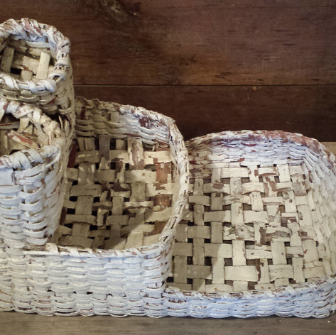 Sewing basket in old white over red