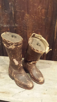 Weighted boots - bookends?
