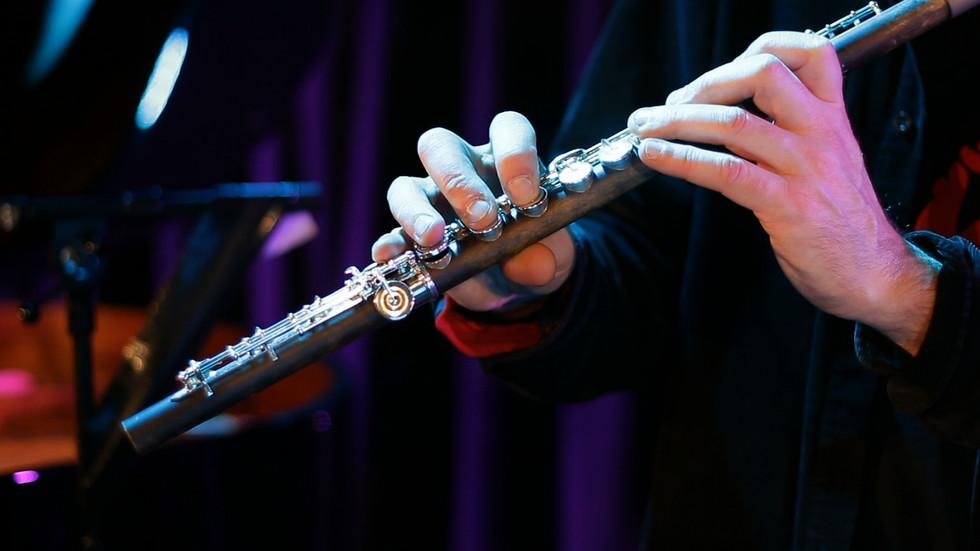 mat flute inderbinen.jpeg
