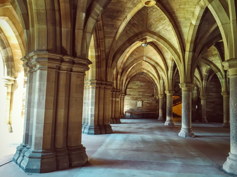 Glasgow Sightseeing Tour Cloisters