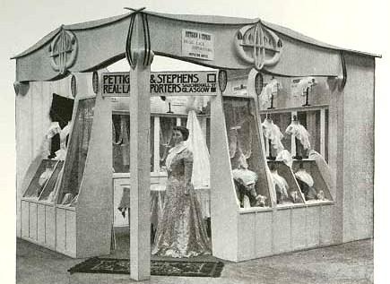 Mackintosh kiosk 'Glasgow International Exhibition' in Studio Vol. 23 1901: Sp Coll P.A.A. f197