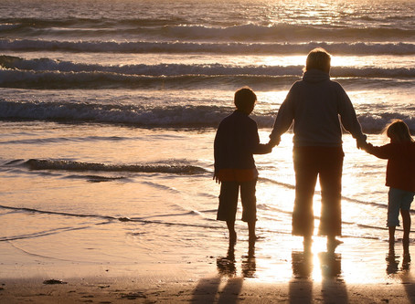האם לפעמים הורה הוא רק הורה? תיאור מקרה בטיפול בדרמה תרפיה