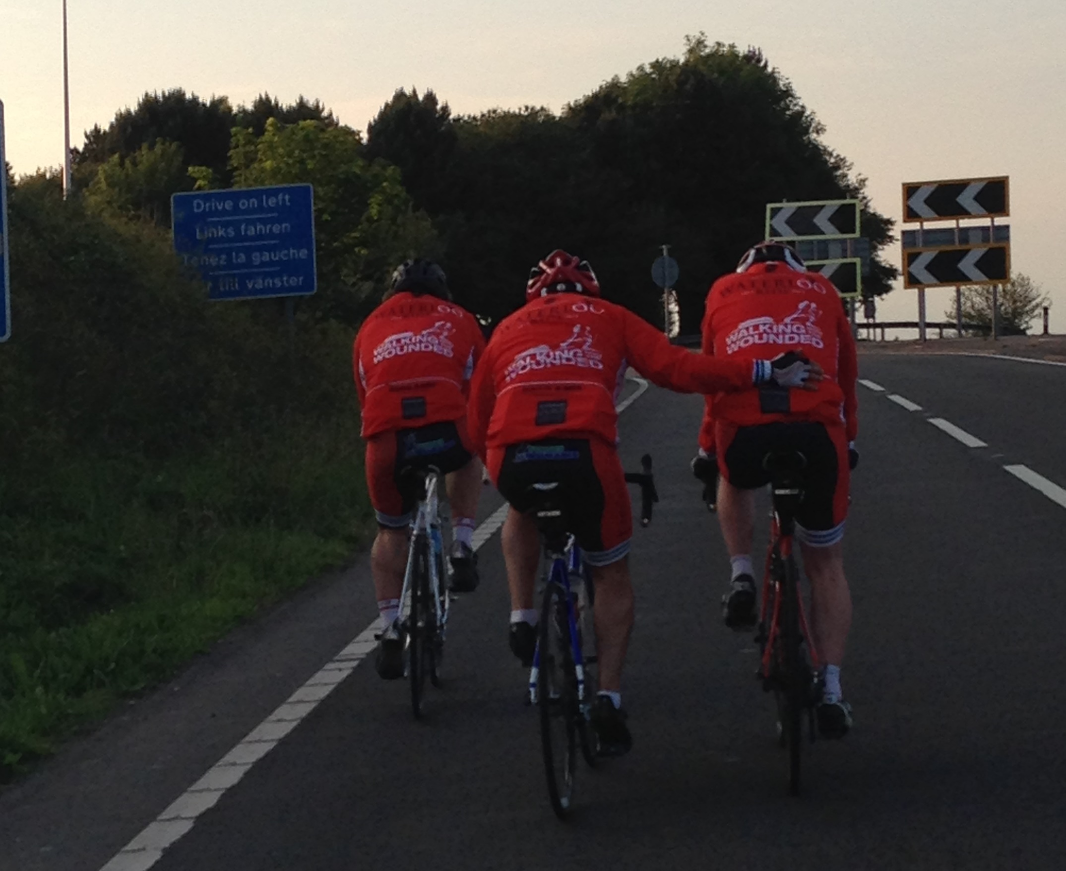 Ride of the Lions - Supporting another rider.JPG