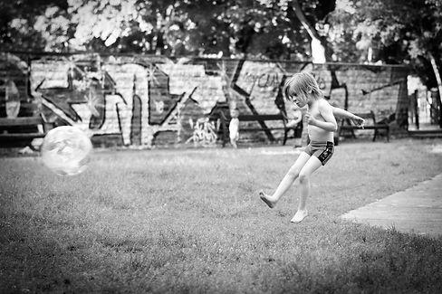 Familienreportage_Lebendige-Kinderfotografie_Dokumentarische-Familienfotografie-Berlin.JPG