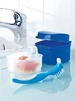 kit-de-limpieza-para-protesis-dentales-c