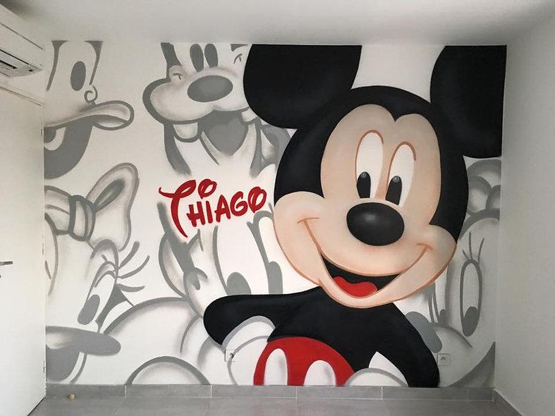 chambre_graffiti_mickey.jpeg