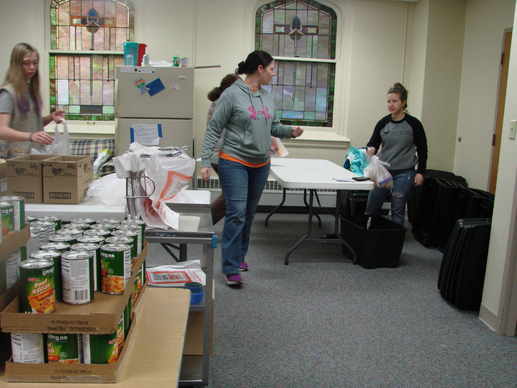 Thank you Girl Scout Troop 9560! We appreciate the great help you provided to fill 400 bags of food!
