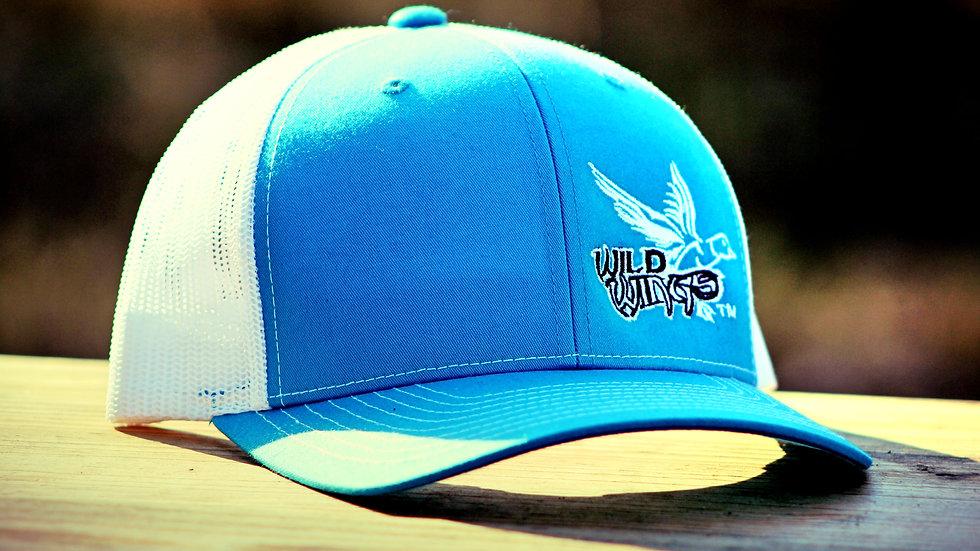 WHITE/COLUMBIA BLUE 112 WHITE/BLACK LOGO