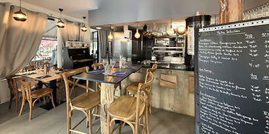 Le-Coin-DAlexandre-Kitchen.jpg