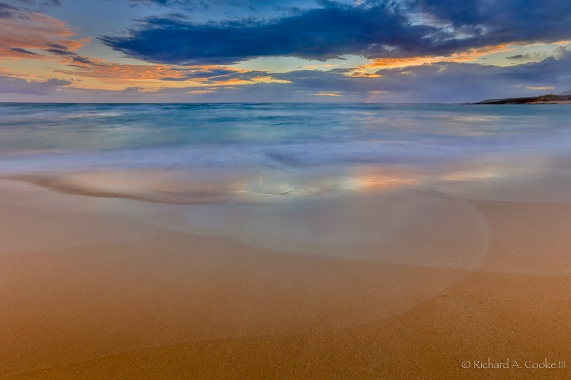 Rainbow in the Sand at Kawa'aloa Bay