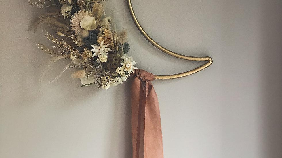 L U N A  Wreath