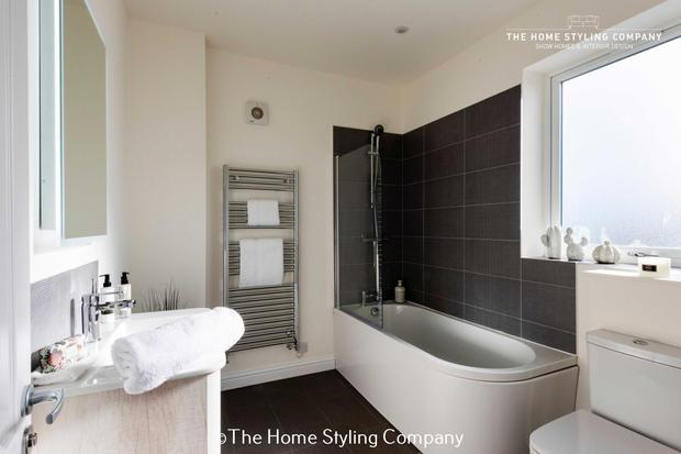 Master Bathroom 052.jpg