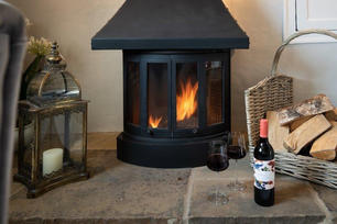 Holiday Cottage Stove.jpg
