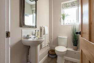 Holiday Cottage Bathroom.jpg