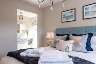 Holiday Cottage Bed 2.jpg