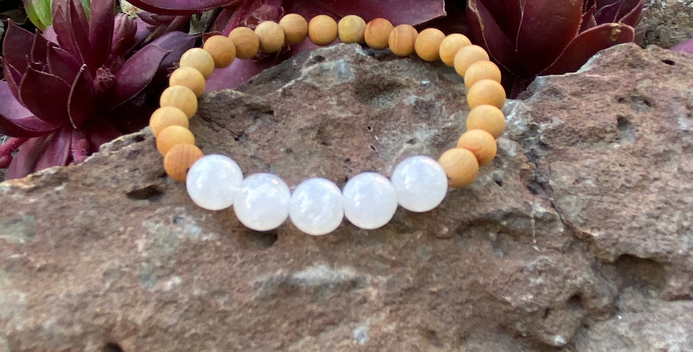 Simple Mystery- Moonstone & Sandalwood