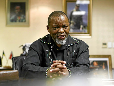 Mines minister Gwede Mantashe says Sibanye 'stole' Black ownership rating